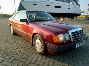 Picture of 1989 W124 Mercedes-Benz 300CE coupe