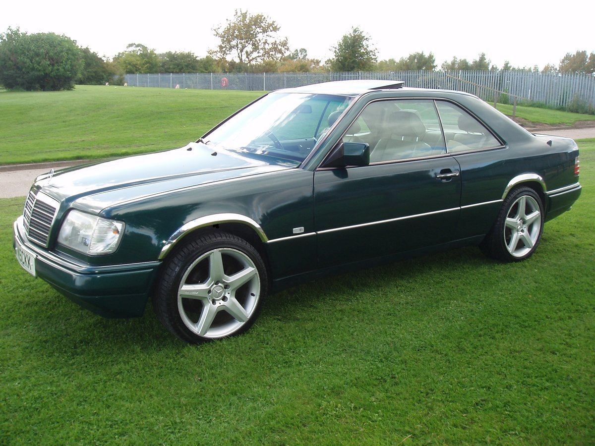 1995 MERCEDES E CLASS RARE 2 DOOR PILLARLESS COUPE 2.2 AUTO For Sale (picture 1 of 6)
