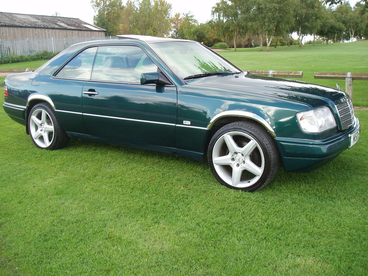 1995 MERCEDES E CLASS RARE 2 DOOR PILLARLESS COUPE 2.2 AUTO For Sale (picture 2 of 6)