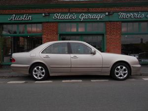Picture of 2002 Mercedes E240 Elegance Saloon Automatic For Sale