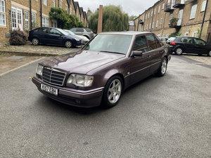 Picture of 1992 Mercedes W124 500E