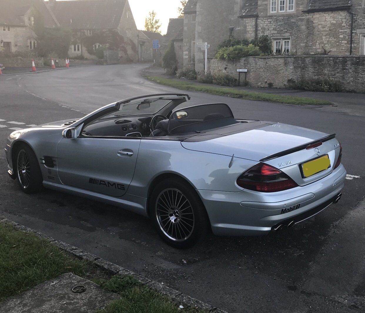 2004 550 bhp Mercedes Supercharged V8 SL55 AMG For Sale (picture 2 of 6)