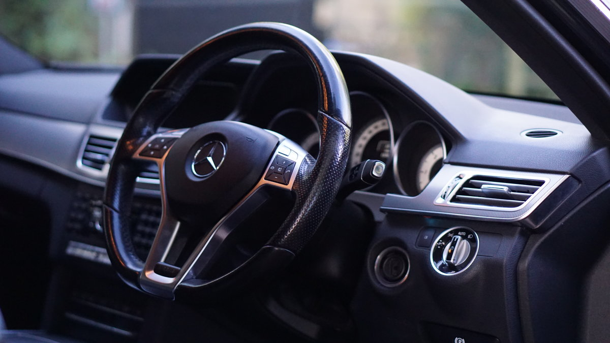 2014 Mercedes E220CDI AMG Sport Estate | Stunning For Sale (picture 3 of 4)