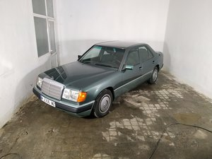 Picture of 1991 Mercedes 230E One owner car