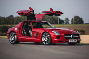 Picture of 2011 Mercedes-Benz SLS AMG For Sale