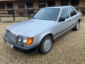 Picture of 1988 MERCEDES-BENZ W124 260 E For Sale by Auction