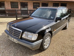 Picture of 1994 MERCEDES-BENZ W124 E280 ESTATE For Sale by Auction