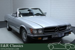 Picture of Mercedes-Benz 280SL convertible 1984