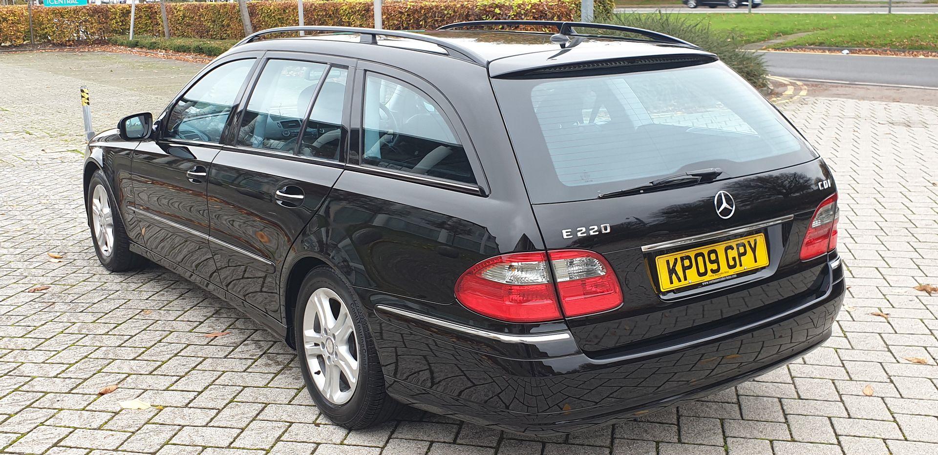 2009 Mercedes e220 cdi avantgarde estate 1 prev owner For Sale (picture 4 of 6)