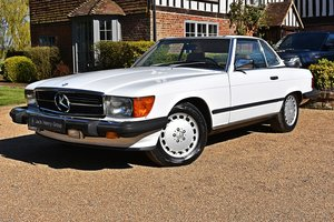 Picture of 1988 Mercedes-Benz 560 SL 61000 miles