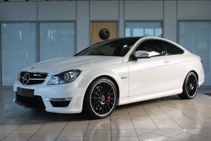 Mercedes C63 V8 AMG Coupe MCT Auto