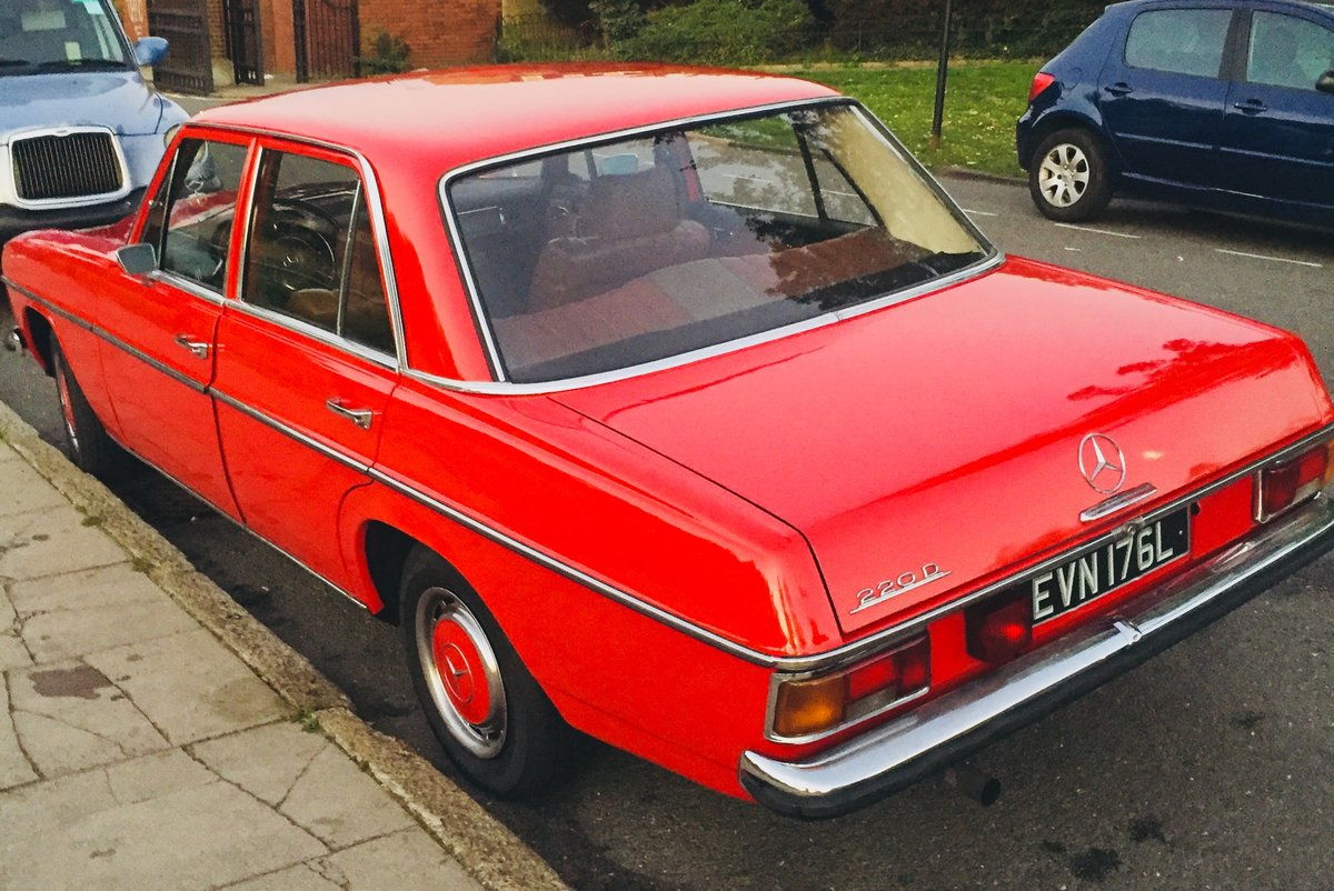 1973 Mercedes 220D W115 W114 /8 For Sale (picture 4 of 6)