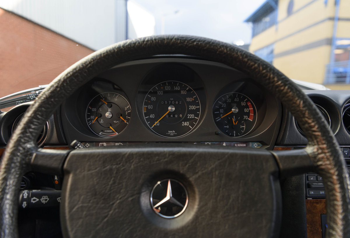 1981 Mercedes Benz 380 SLC (LHD) For Sale (picture 16 of 24)