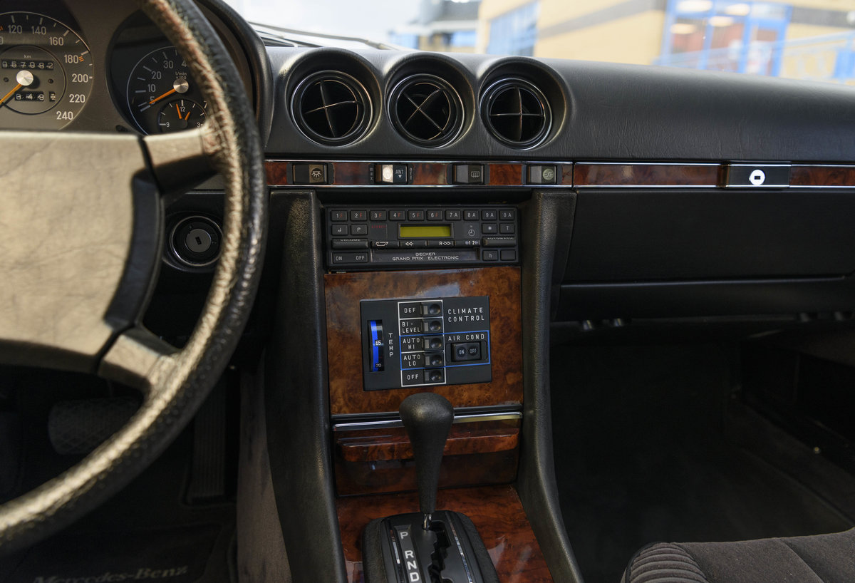 1981 Mercedes Benz 380 SLC (LHD) For Sale (picture 17 of 24)