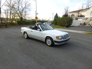 Picture of 1993 Mercedes 300CE Cabrio Low Miles Presentable Driver -