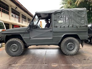 Mercedes Benz G240 Jeep Complete with Doors/Roof