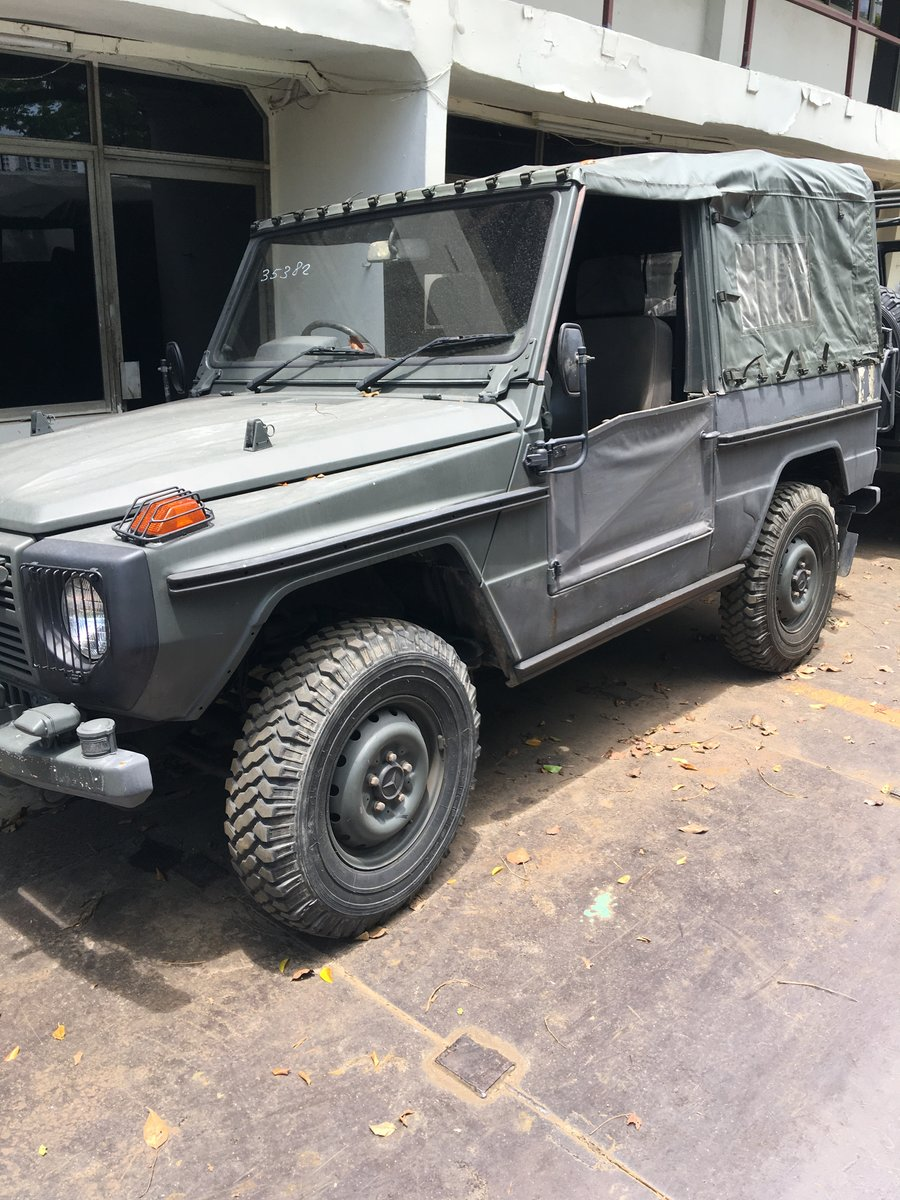 1987 Mercedes Benz G240 Jeep Complete with Doors/Roof For Sale (picture 2 of 2)