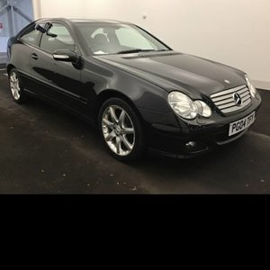 Picture of 2004 Unbelievable 1 Owner Example Full Mercedes Service History For Sale