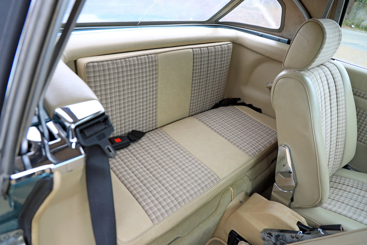 1985 Mercedes-Benz 280 SL (R107) For Sale (picture 6 of 10)