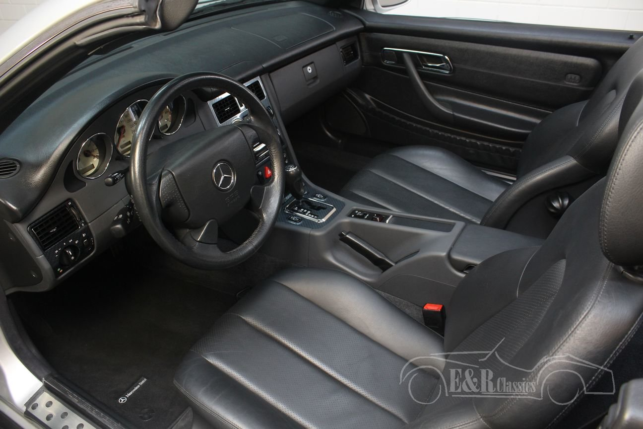 Mercedes-Benz SLK 230 1999 Silver-grey metallic For Sale (picture 3 of 6)