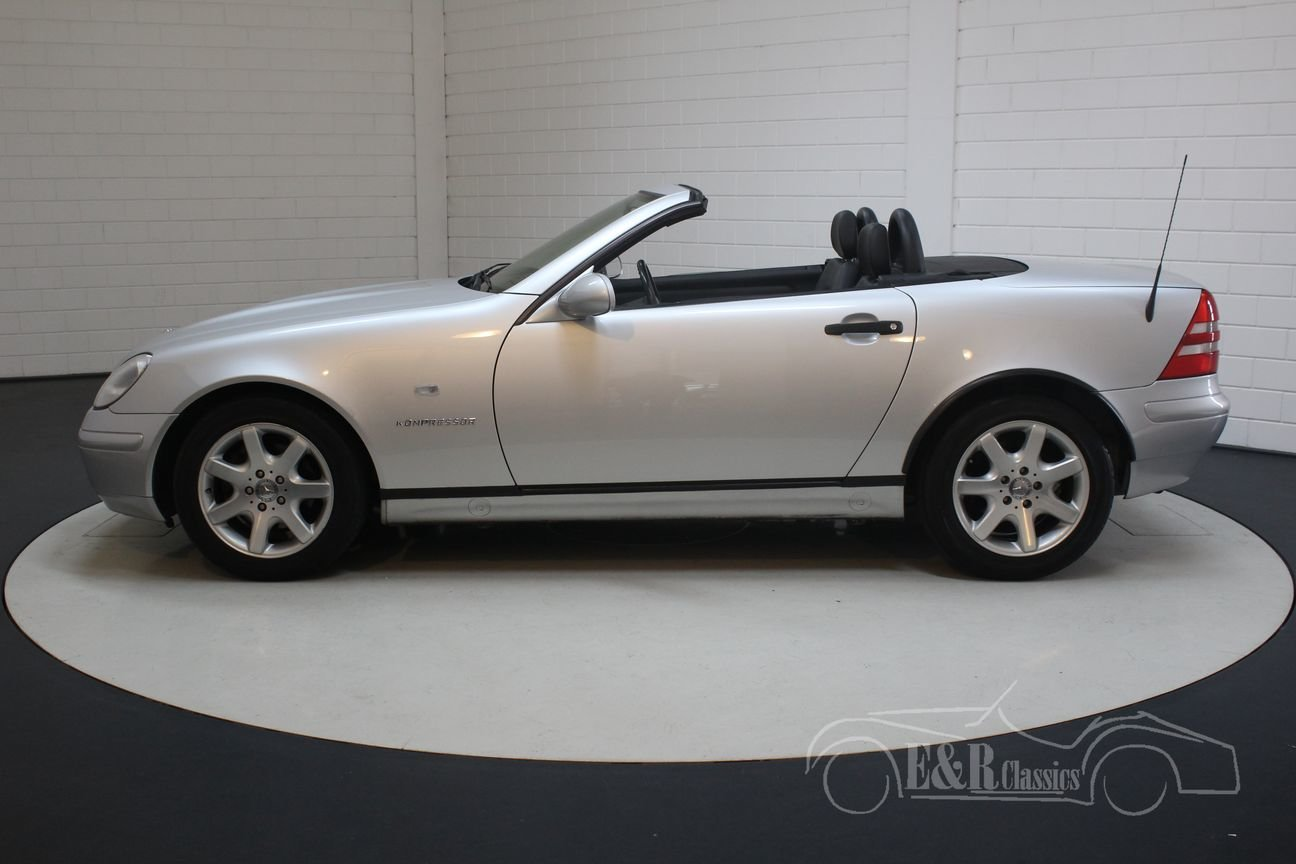 Mercedes-Benz SLK 230 1999 Silver-grey metallic For Sale (picture 5 of 6)