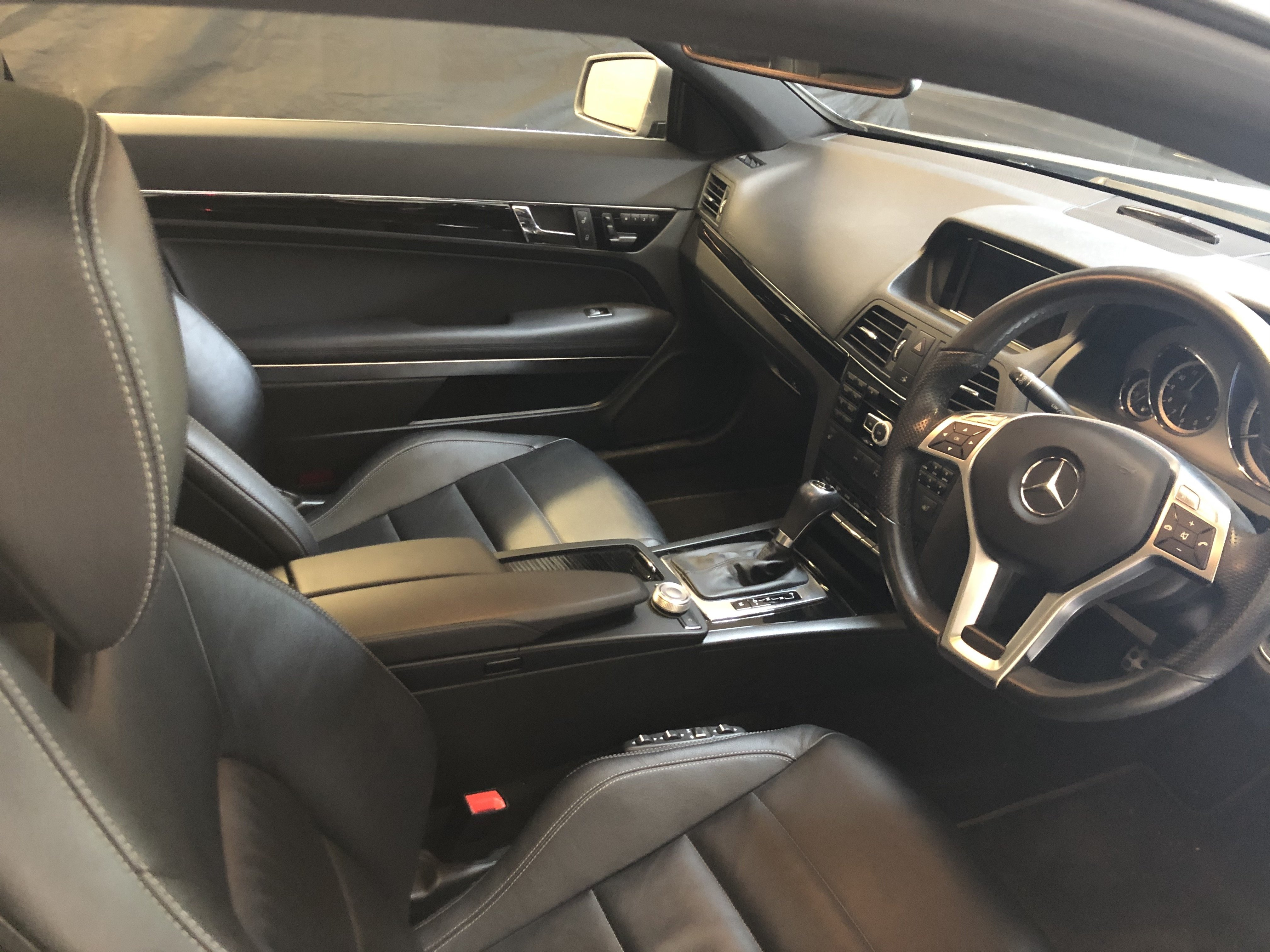 2011 Mercedes E Class Coupe 4.7 twin-turbo V8 (C207/M278 - MY12) For Sale (picture 4 of 6)