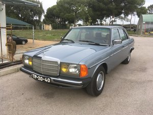 Picture of 1983 Mercedes 230 E like new For Sale