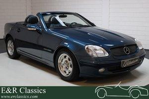 Picture of Mercedes-Benz SLK 200 Designo Meerblau 2000 For Sale