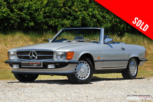 Picture of Mercedes Benz 300 SL (R107) auto 1988 SOLD