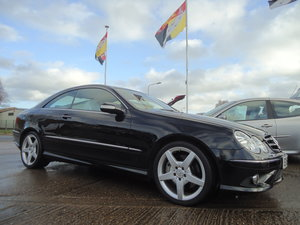 Picture of 0757 EXTREMELY LOW MILEAGE CLK CDi SPORT WITH COMMAND & AMG PACK For Sale