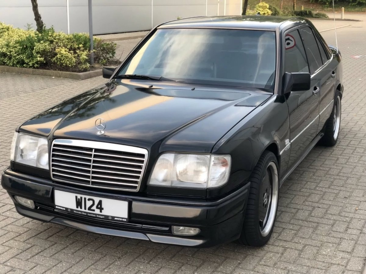 1995 Mercedes w124 2.2 petrol genuine AMG body kit For Sale (picture 1 of 12)
