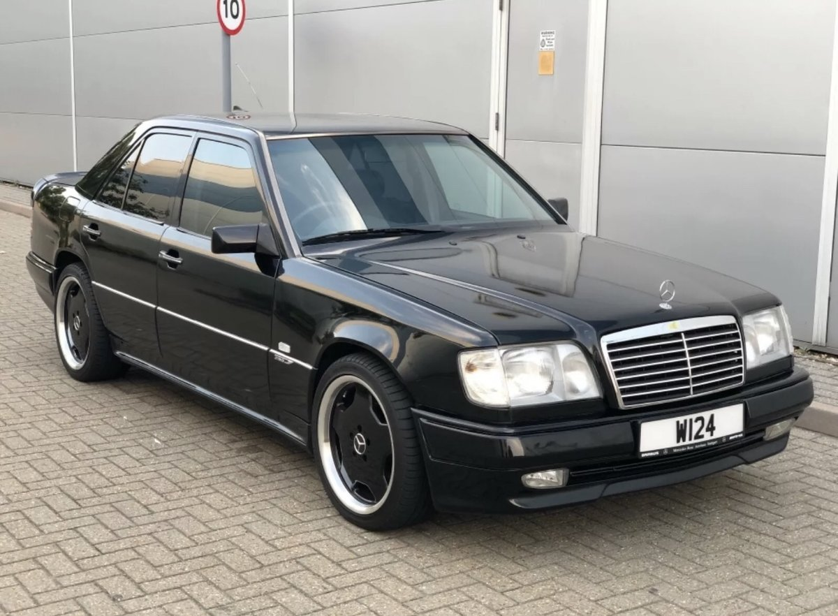 1995 Mercedes w124 2.2 petrol genuine AMG body kit For Sale (picture 9 of 12)