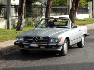 Picture of 1986 Mercedes Benz 560 SL, signature Astral Silver For Sale
