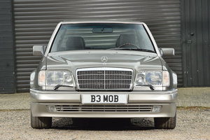 Picture of 1993 Mercedes Benz 500E v 8 Facelift model For Sale