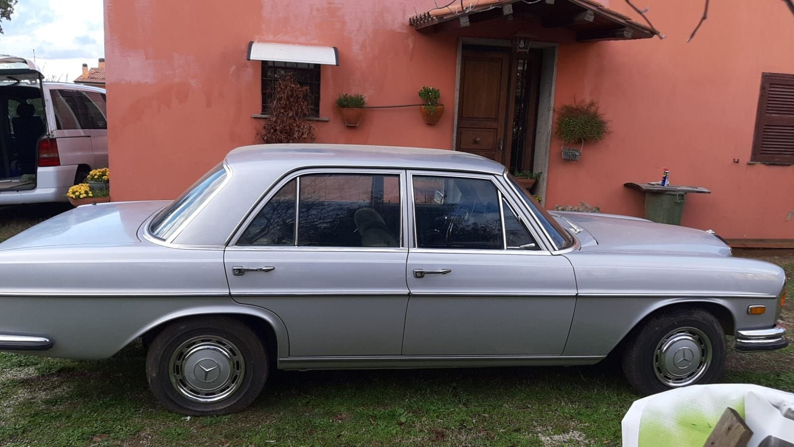 1972 RARE MERCEDES BENZ W108 280 SE  3.5 Saloon LHD For Sale (picture 5 of 12)