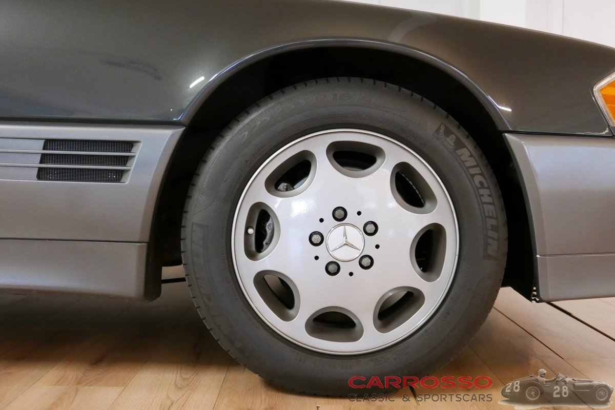 1992 Mercedes Benz 300 SL  24 in very good condition For Sale (picture 10 of 12)