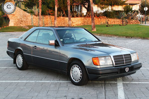 Picture of 1990 Mercedes Benz 300 Ce 24V. For Sale
