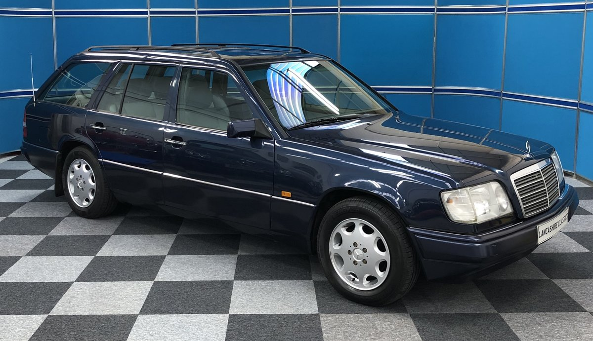1996 Mercedes E280 Estate For Sale (picture 1 of 12)