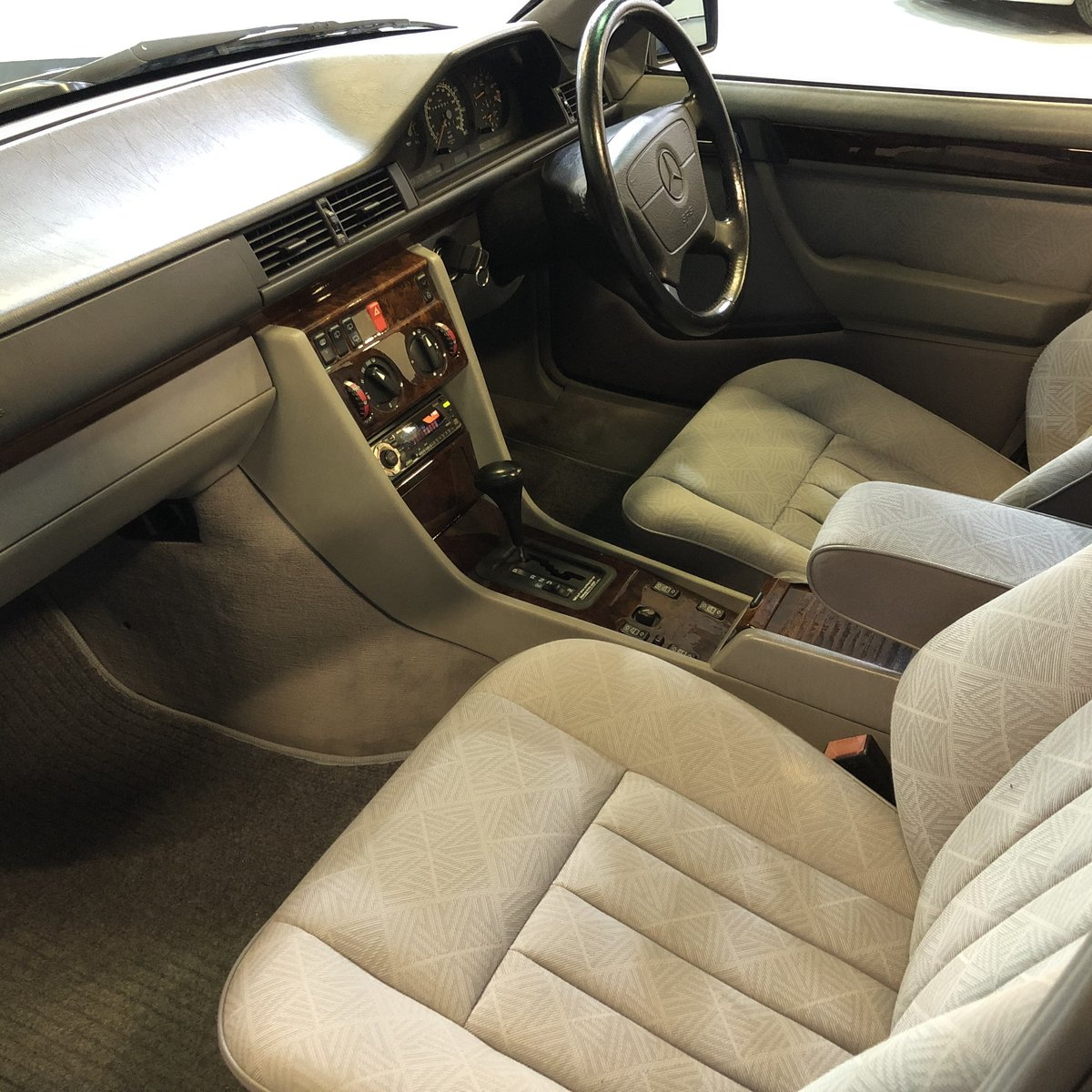 1996 Mercedes E280 Estate For Sale (picture 7 of 12)