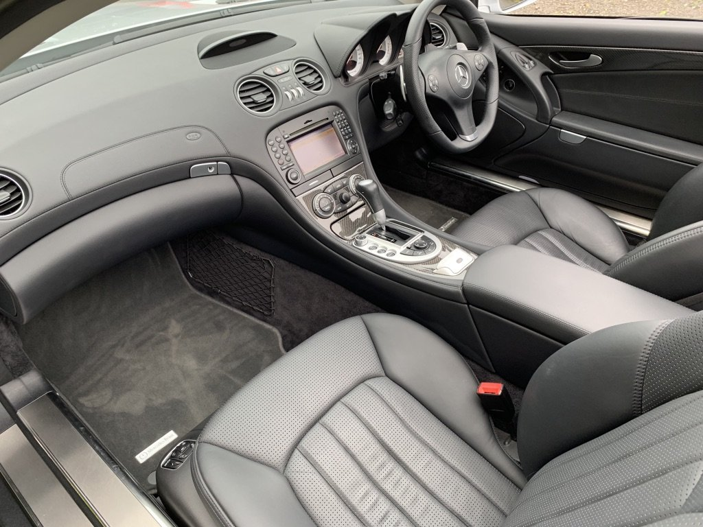 2008 Mercedes Benz SL63 AMG ONLY 24000 MILES FROM NEW For Sale (picture 8 of 12)