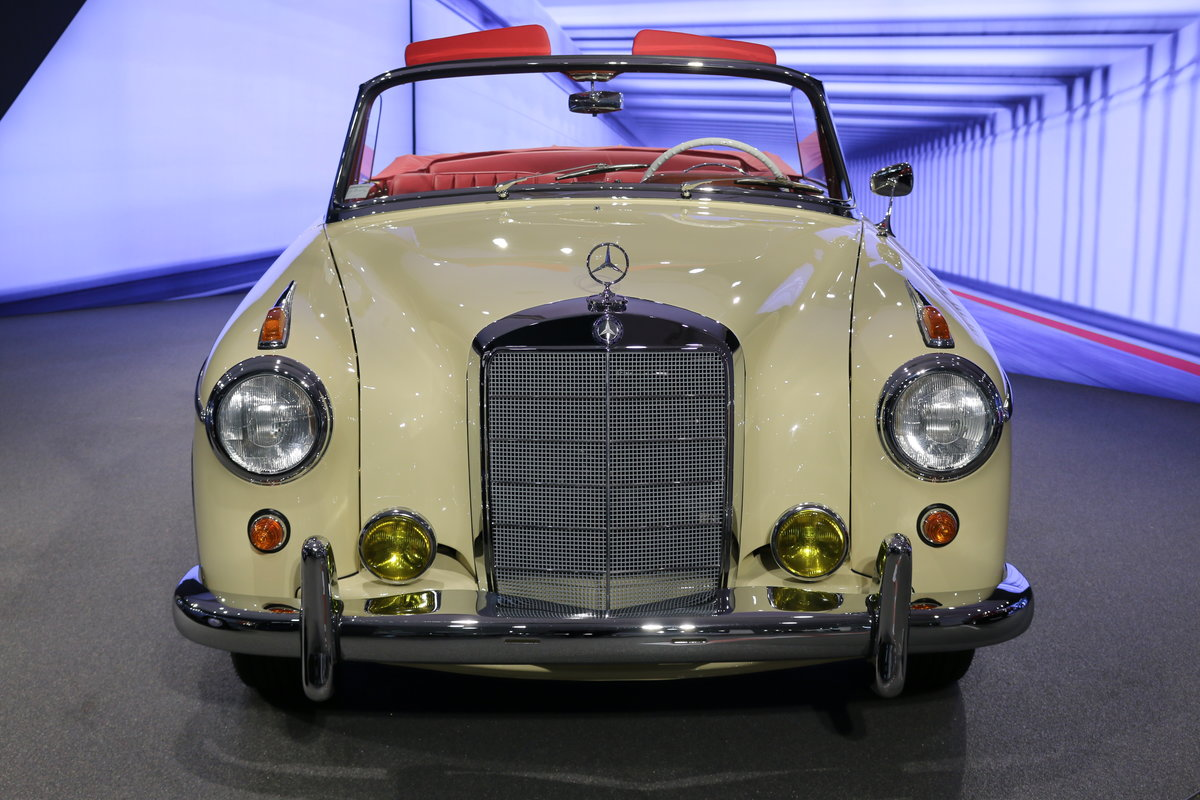 1960 Mercedes 220SE Hydrak Cab. 1 of 20 produced! RESTORED For Sale (picture 4 of 12)