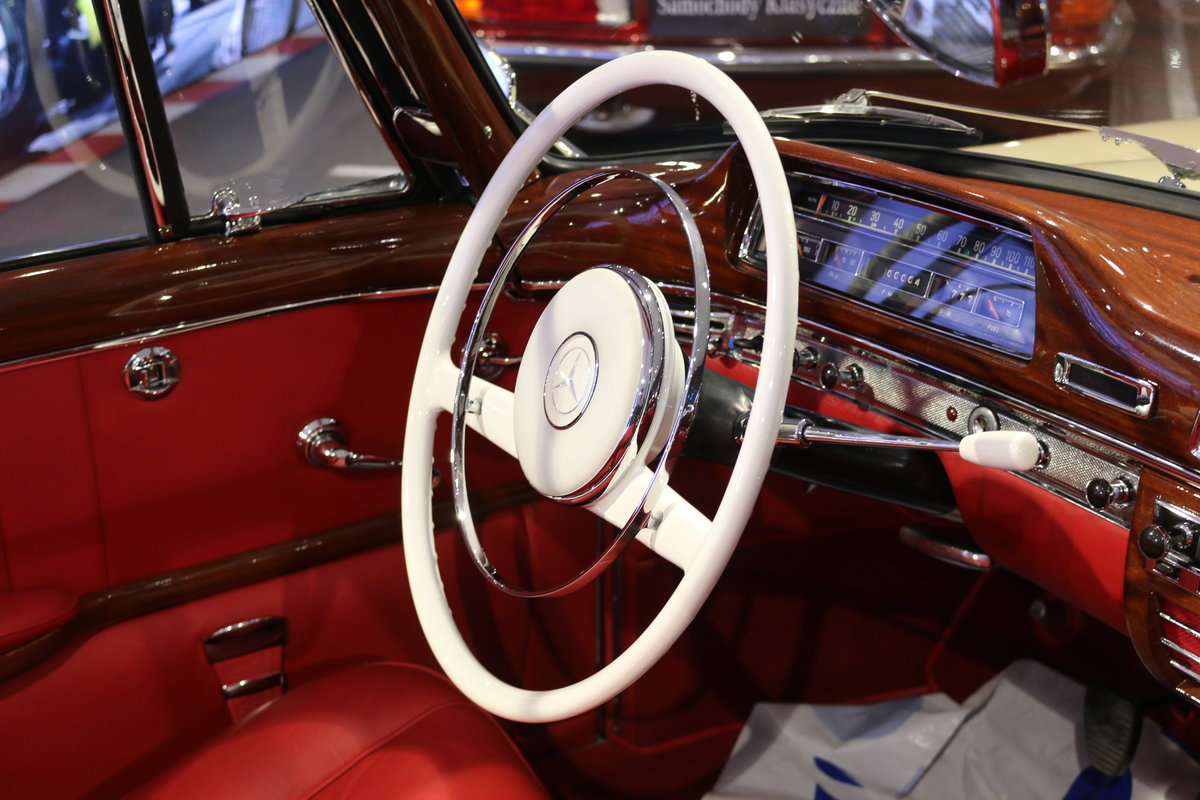 1960 Mercedes 220SE Hydrak Cab. 1 of 20 produced! RESTORED For Sale (picture 9 of 12)