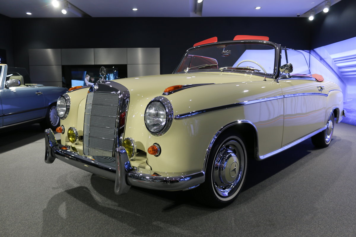 1960 Mercedes 220SE Hydrak Cab. 1 of 20 produced! RESTORED For Sale (picture 11 of 12)