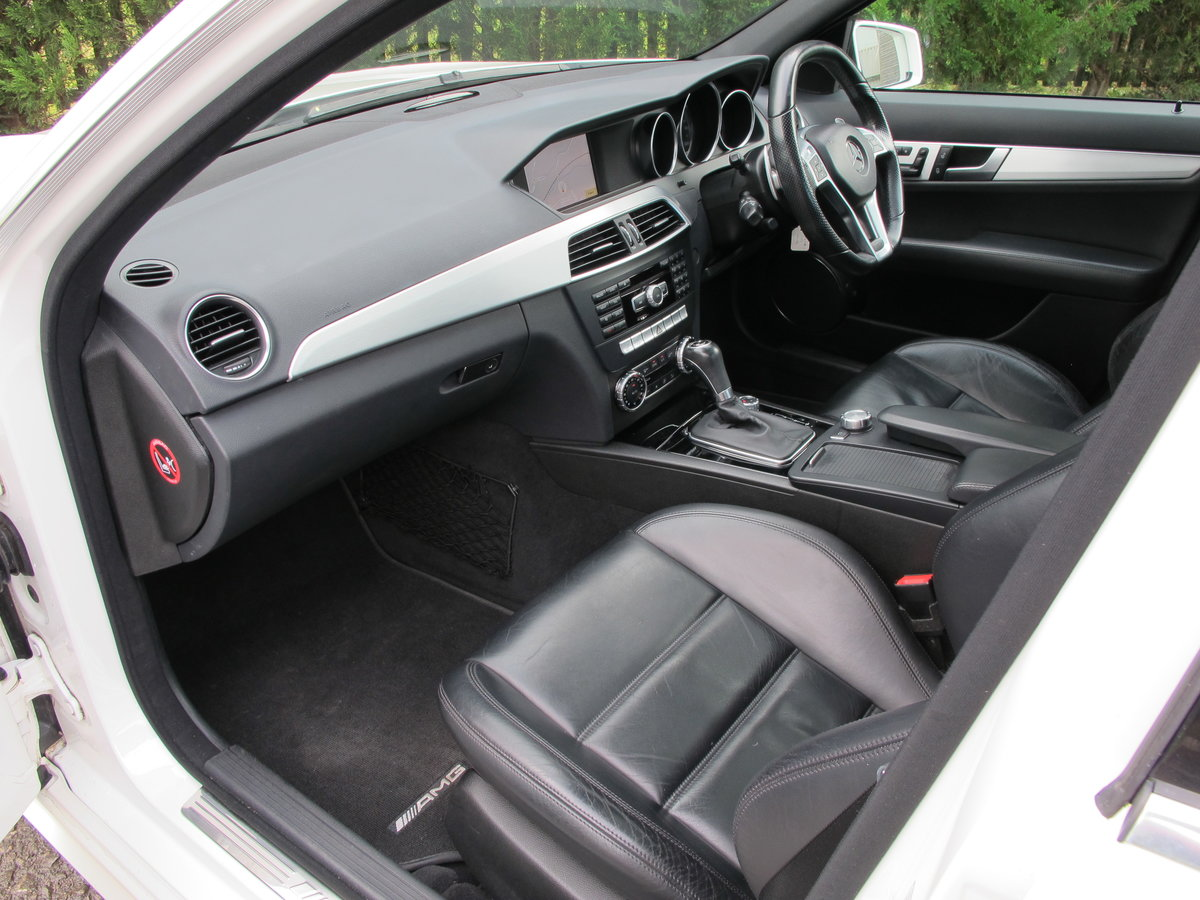 2012 Mercedes C63 AMG Saloon For Sale (picture 4 of 12)