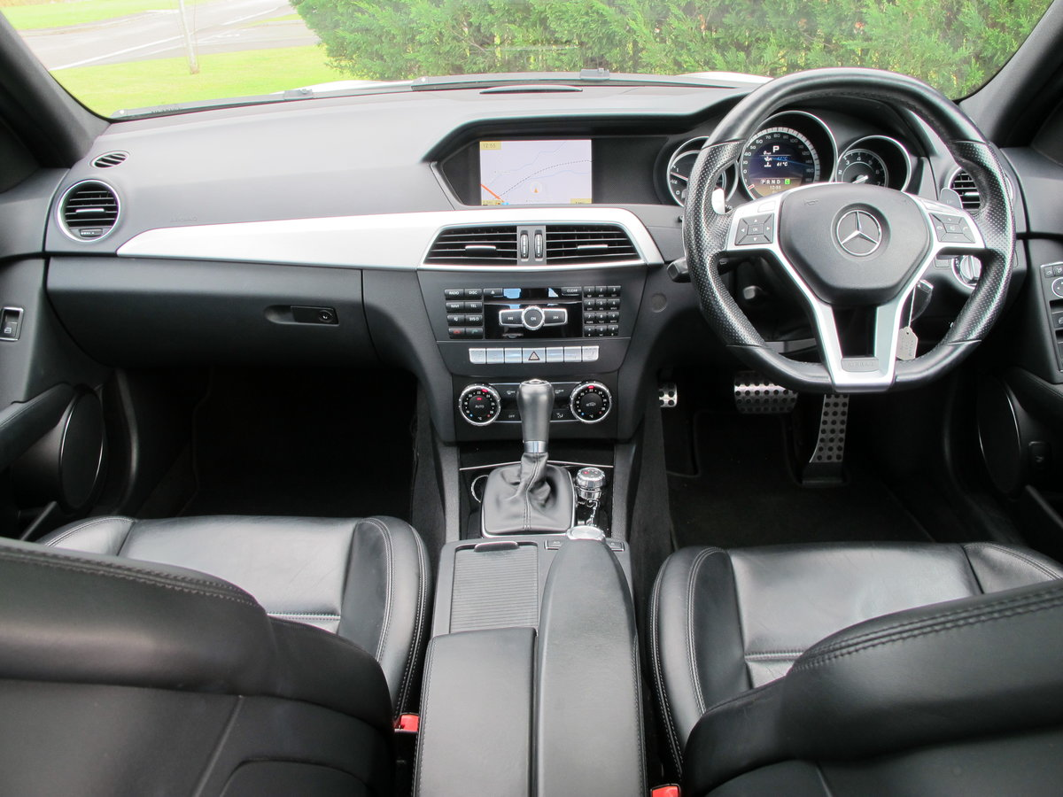 2012 Mercedes C63 AMG Saloon For Sale (picture 8 of 12)