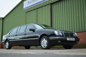 Picture of 1999 Mercedes-Benz E240 Classic Limo (W210) For Sale by Auction