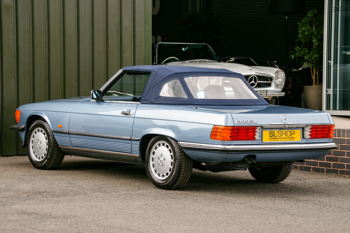 1986 Mercedes-Benz 300SL (R107) #2152 Superb Throughout For Sale (picture 4 of 12)