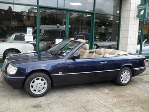 Picture of 1997 Mercedes E220 Cabriolet