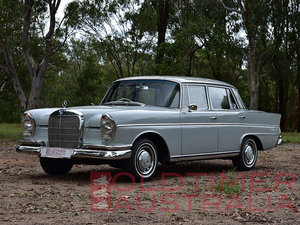 Picture of 1963 Mercedes-Benz 300SE 'Fintail' Sedan SOLD