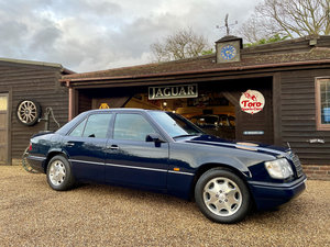 Picture of 1994 MERCEDES E320 SALOON W124 SOLD